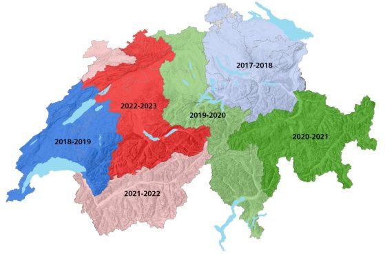 Map showing the planning of the 6 regions for lidar data acquisition. 2017-18: Eastern Switzerland. 2018-19: Western Switzerland. 2019-20: Central Switzerland and Ticino. 2020-21: Graubünden. 2021-22: Valais and Jura. 2022-23: Bern, Basel and Solothurn.